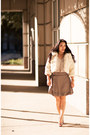 Ivory-faux-fur-forever-21-coat-gold-motherhood-maternity-shirt