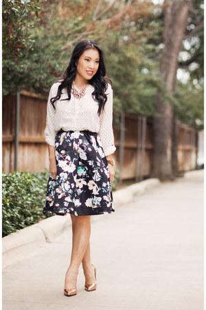 black floral abaday skirt - white polka dot H&M shirt - gold kate spade pumps