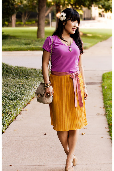 Forever 21 skirt - Forever 21 shoes - Gap shirt - Yesstyle purse