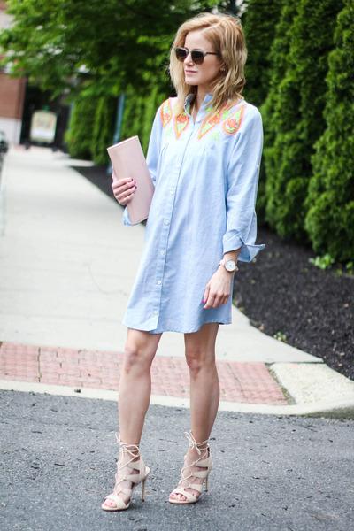 nude Steve Madden heels - blue The Mint Julep Boutique dress