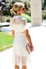 White-make-me-chic-dress-camel-halogen-bag-red-ray-ban-sunglasses