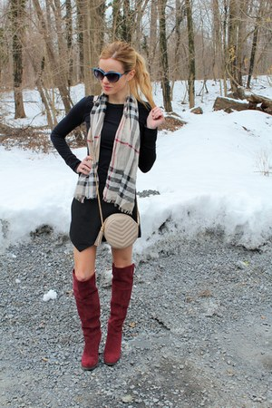 tan Burberry scarf - crimson shoemint boots - black BP shirt