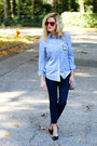 Navy-jag-jeans-jeans-camel-prima-donna-bag-red-ray-ban-sunglasses