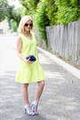 Light-yellow-sheinside-dress-navy-kayu-design-bag