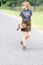 Doc Shorty t-shirt - emperia bag - Fossil sunglasses - Forever 21 skirt