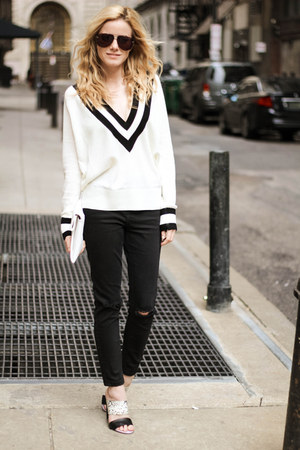 white The Shopping Bag sweater - black Topshop jeans - white tildon bag