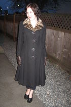 black vintage jacket - brown from winners gloves - black naturalizer shoes - blu
