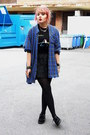 Black-creepers-underground-shoes-blue-flanel-shirt