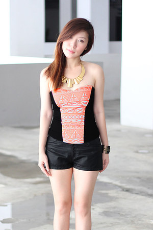 faux leather H&M shorts - Flauntcc top - diva bracelet
