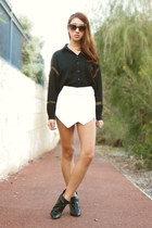 black pointy betts boots - white skort Ebay shorts