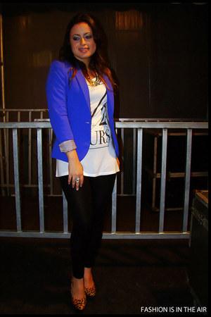 black Zara leggings - blue H&M blazer - Zara heels - ivory Zara t-shirt