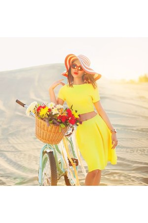yellow Nordstrom dress