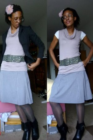 gray isaac mizrahi skirt - purple H&M top - gray Leggs tights - gray DOTS belt -