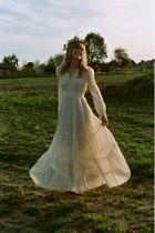 white Roberta California dress