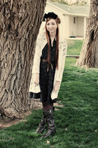black Zizi dress - black KittenPaws hat - white lace vintage jacket