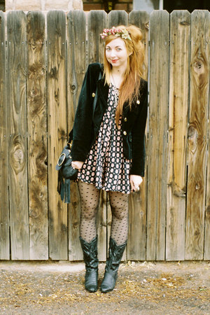 black cowboy boots vintage boots - crimson handmade Kitten Paws hat - black velv