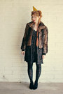 Black-gold-print-chesley-dress-dark-brown-fur-coat-dino-rico-coat