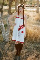 white Litas Style dress