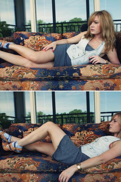 American Eagle vest - Forever 21 dress - Target socks