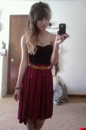 vintage belt - Target skirt - black bustier Target top