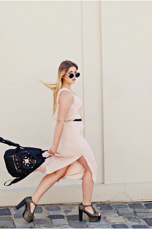 neutral maxi dress H&M dress - black foxy sandals Jeffrey Campbell sandals