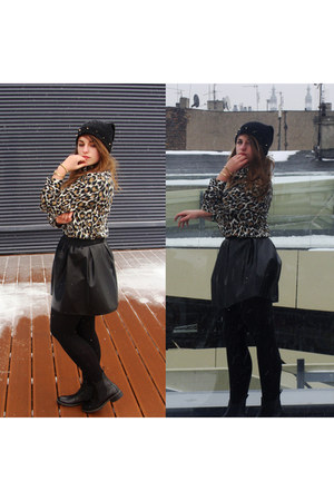 black DIY hat - brown leopard printed second hand shirt - black leather skirt