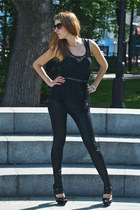black El Monte shoes - black no brand leggings - black H&M top