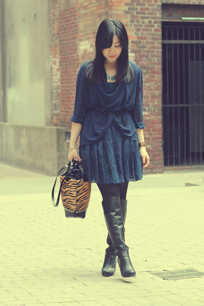 navy pleated joe fresh style skirt - black knee-high Aldo boots
