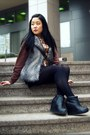 Black-aldo-boots-light-brown-american-apparel-sweater-peach-ardene-scarf-d
