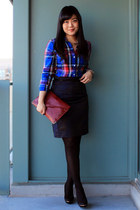 blue flannel Old Navy shirt - brick red clutch Forever 21 bag