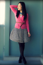 black Aldo shoes - brown H&M belt - navy Uniqlo skirt - pink H&M cardigan - turq