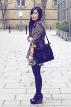 black Jeffrey Campbell wedges - olive green Forever 21 jacket