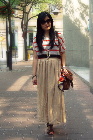 brown the sak bag - carrot orange striped Romwecom blouse - nude Romwecom skirt