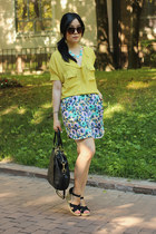 floral-print H&M skirt - black coach bag - aquamarine Oasapcom necklace