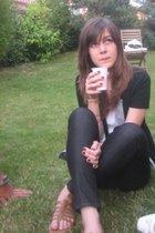 brown shoes - black H&M jeans - white H&M top - gray vest - black t-shirt