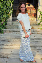 maxi Gap skirt - leather clutch vera wang bag - dolman sleeve Marshalls blouse