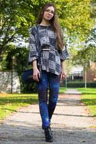 blouse - boots - leggings - belt