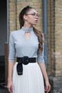 Sweater-heels-belt-skirt