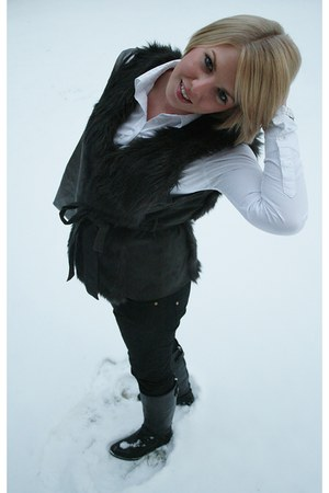 black Zara boots - silver Mango bag - black Vila vest
