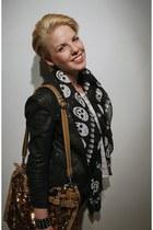 Sisley bag - Mango jacket - Vero Moda scarf - Zara bracelet