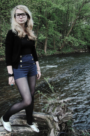 black LondonSTL glasses - Zara shorts - gold Primark shoes - black oazis t-shirt