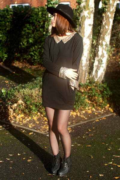 black Krossy dress - black Krossy hat