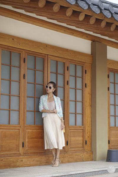 ivory WAGW skirt