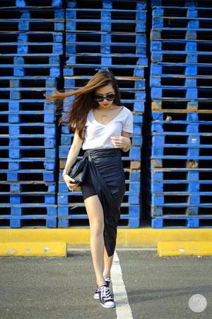 black Concrete Runway skirt
