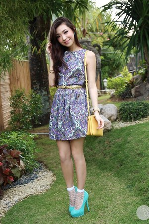 light yellow Celine bag - light purple stylistaPH dress