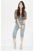 dark brown WAGW top - heather gray f21 pants - heather gray wholesale dressnet h