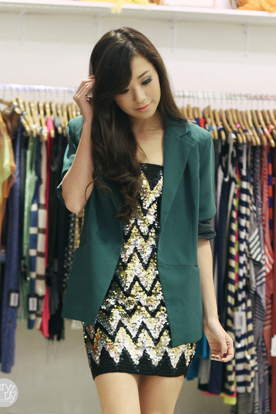 black shopwagwcom dress - dark green shopwagwcom blazer