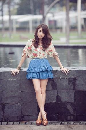 blue wagwmultiplycom skirt - eggshell wagwmultiplycom top