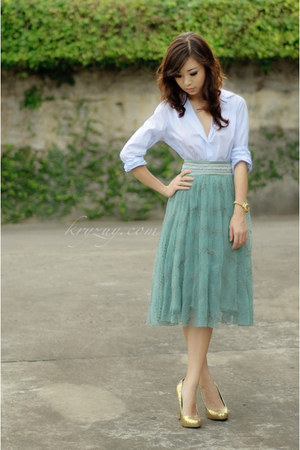 periwinkle Massimo Dutti top - aquamarine moms skirt - gold michael antonio heel