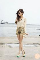 beige My madison dress - beige sm accessories bag - camel ellysage shorts